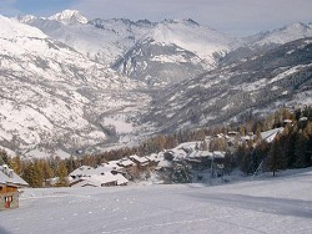 Skiing in La Plagne within France's Paradiski
