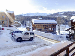Comfortable Chalet La Forge in Meribel accommodates up to 12