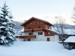 Excellent Chalet Renardeaux in Meribel for up to 12