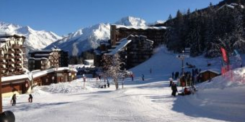Ski in La Tania an attractive ski resort in France