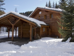 Excellent Chalet Lea in La Tania for up to 12