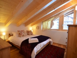 Attractive bedrooms at Le Lievre in Grimentz
