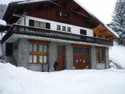 Welcoming Chalet Chez Claude in Morzine accommodates up to 12