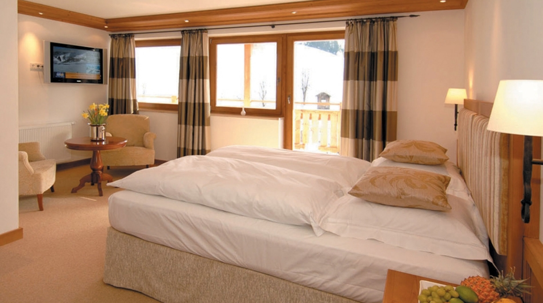 Example of Luxury Chalet Panorama in Maria Alm's lovely bedrooms