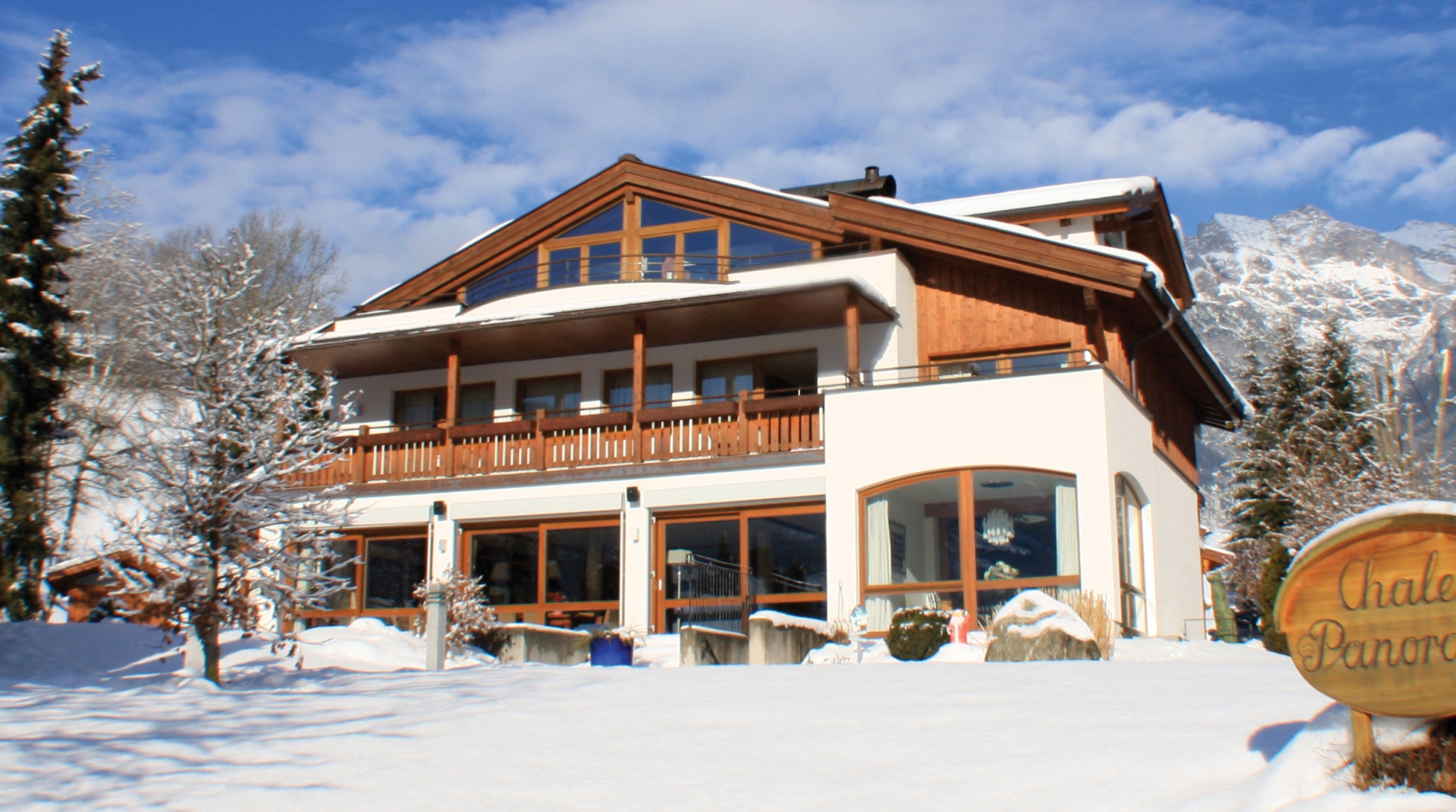 Lovely Luxury Chalet Panorama in Maria Alm in Hochkonig accommodates up to 19