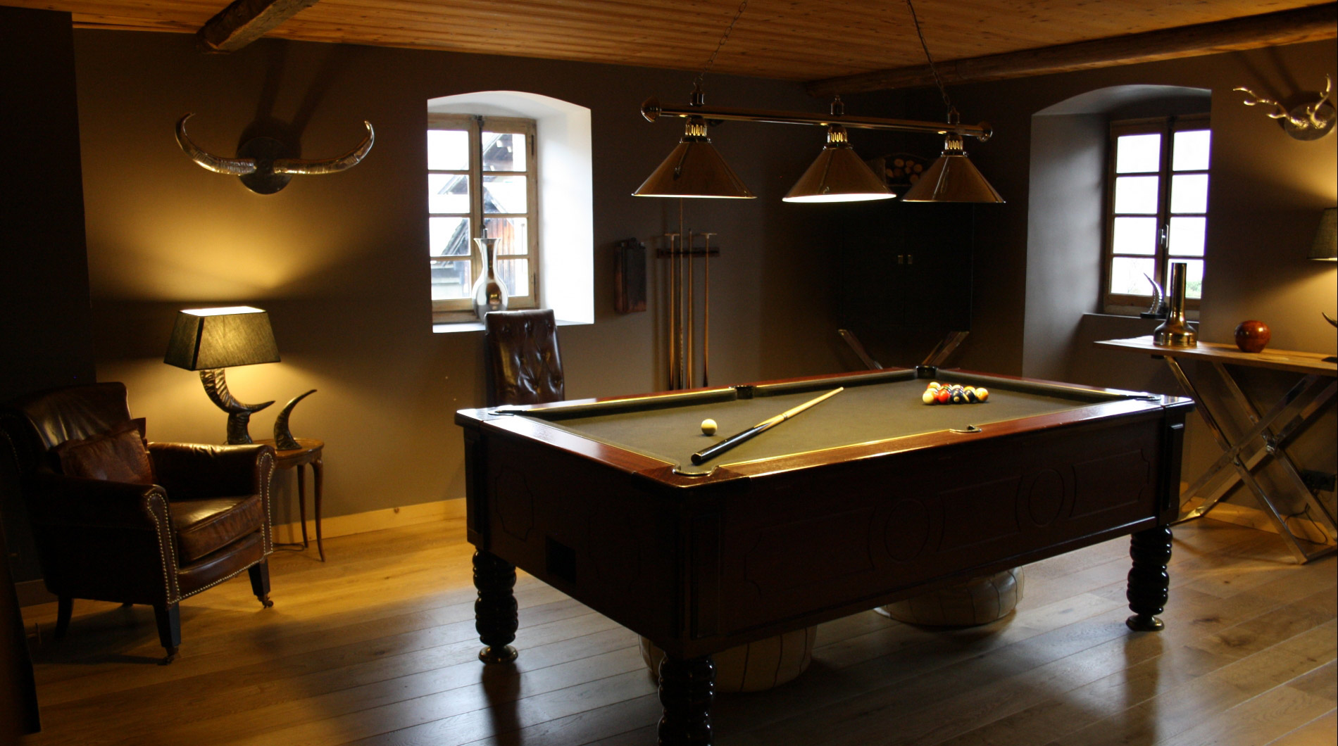 Guests love the games room & pool table.